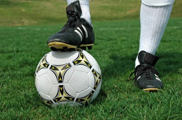 Нога и мяч